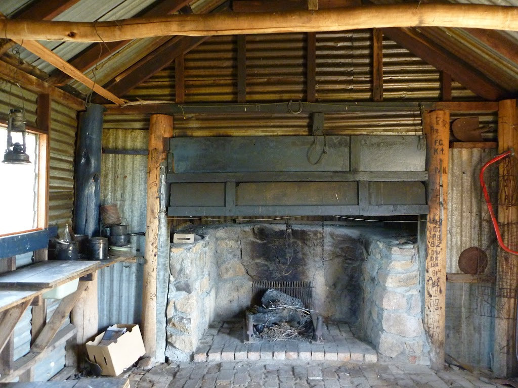 inside Round Mountain Hut