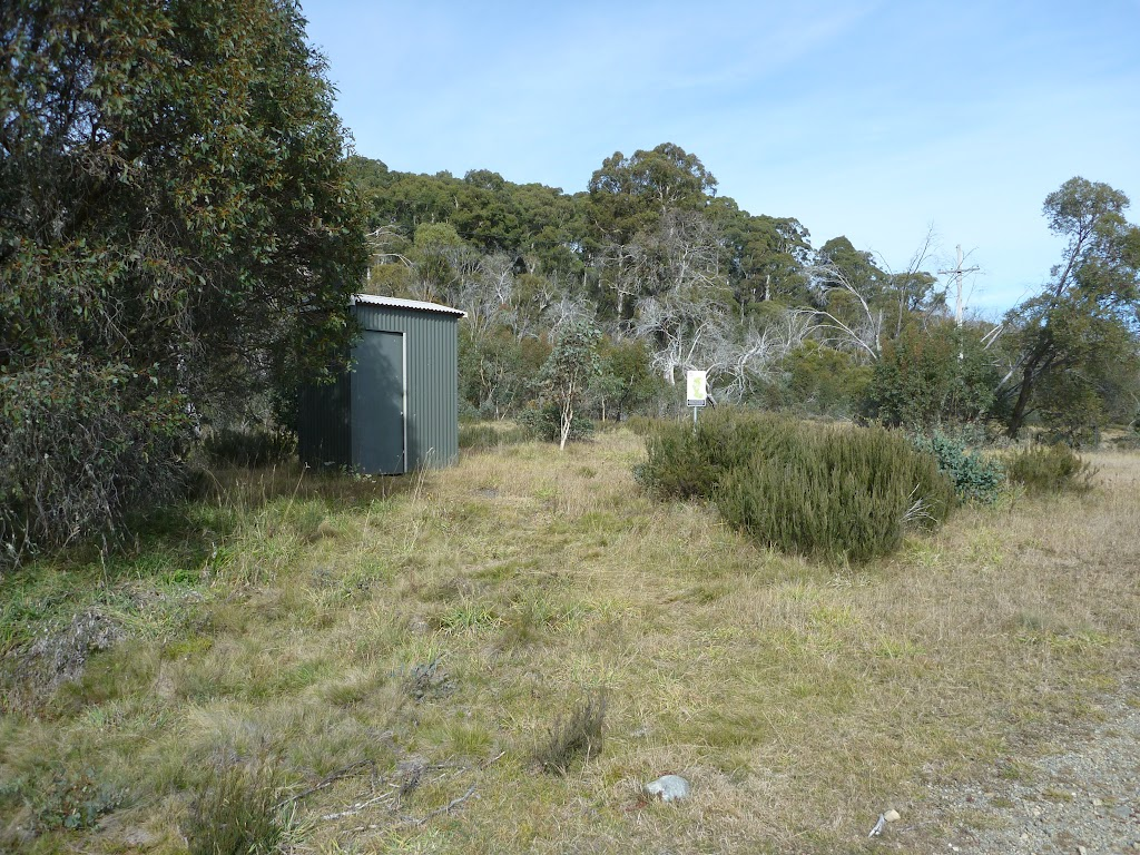Toilet near Car park (290032)