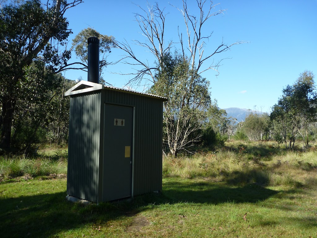 Toilet at the old Geehi Hut (294367)
