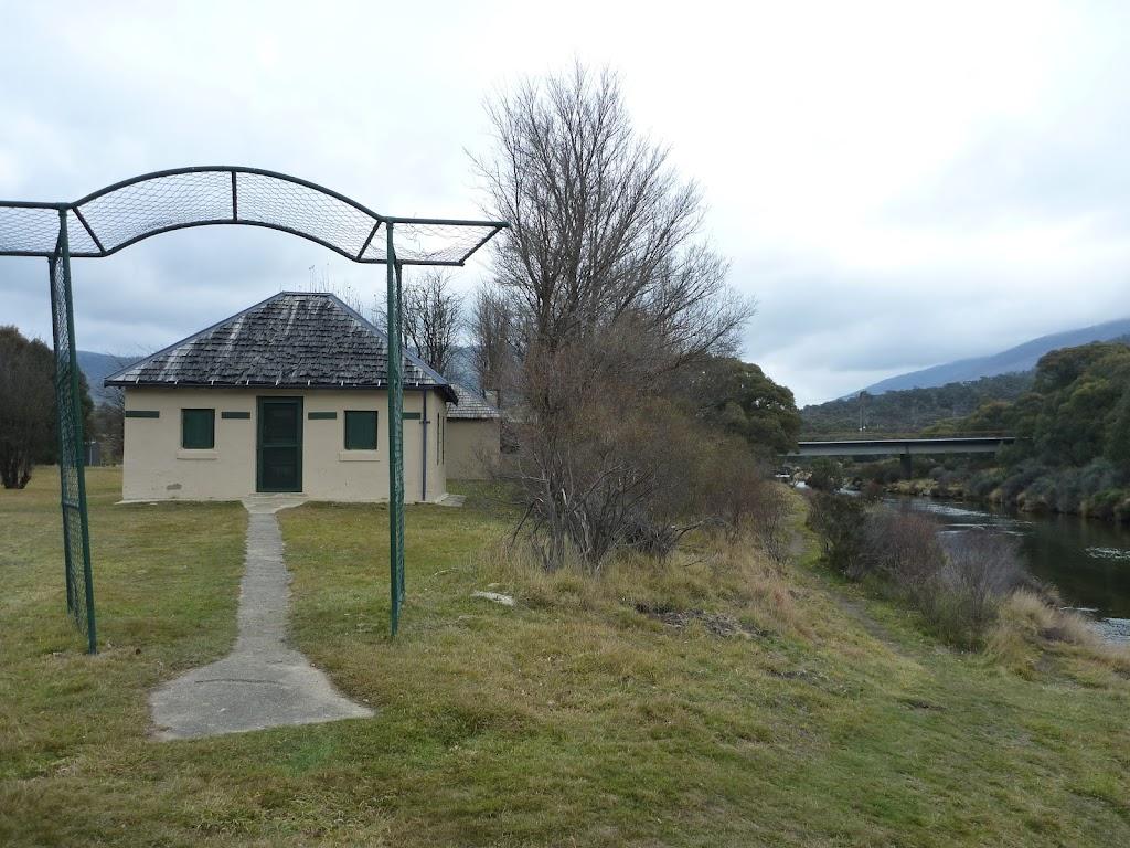 Bullocks Hut Beside Threbo River