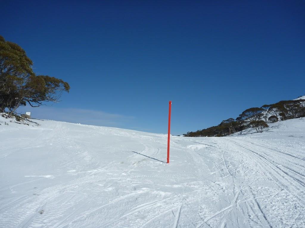 Ridge on Kosciuszko Road in winter