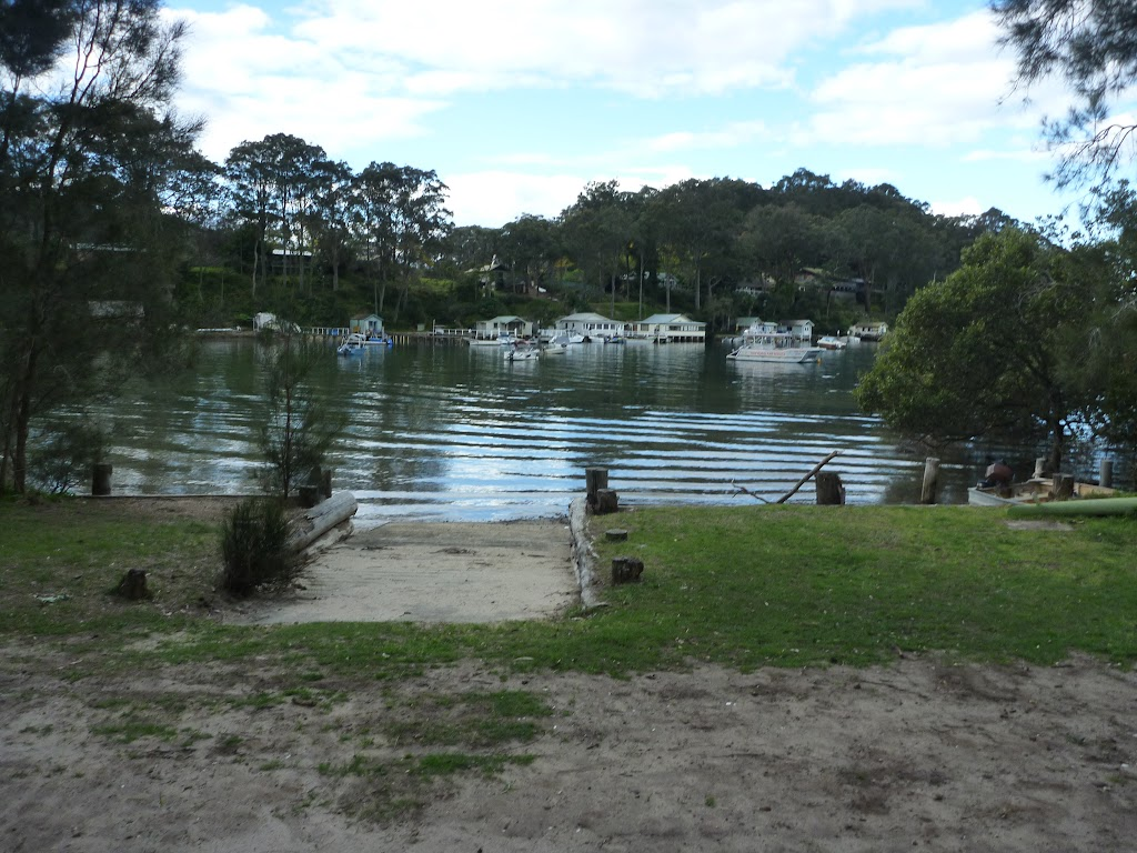Boat ramp at Elvina Bay Park (304769)