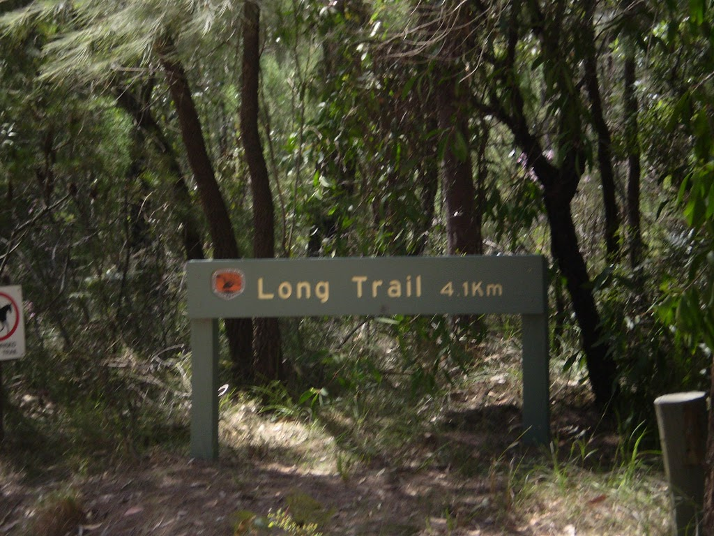 Long Trail sign on Perimeter Trail (30563)