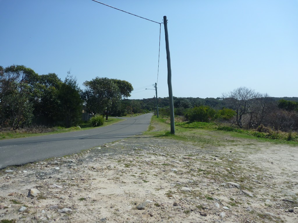Pistol Club Rd near coastal cemetery in Botany Bay National Park (310463)
