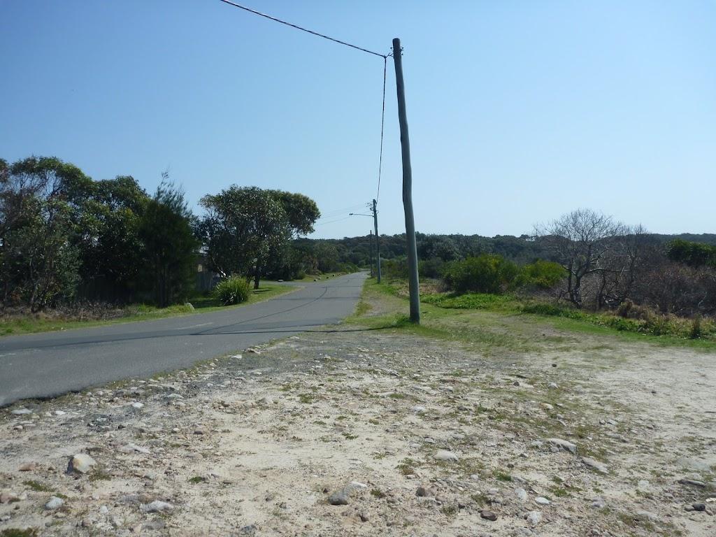 Pistol Club Rd, near coastal cemetery in Botany Bay National Park
