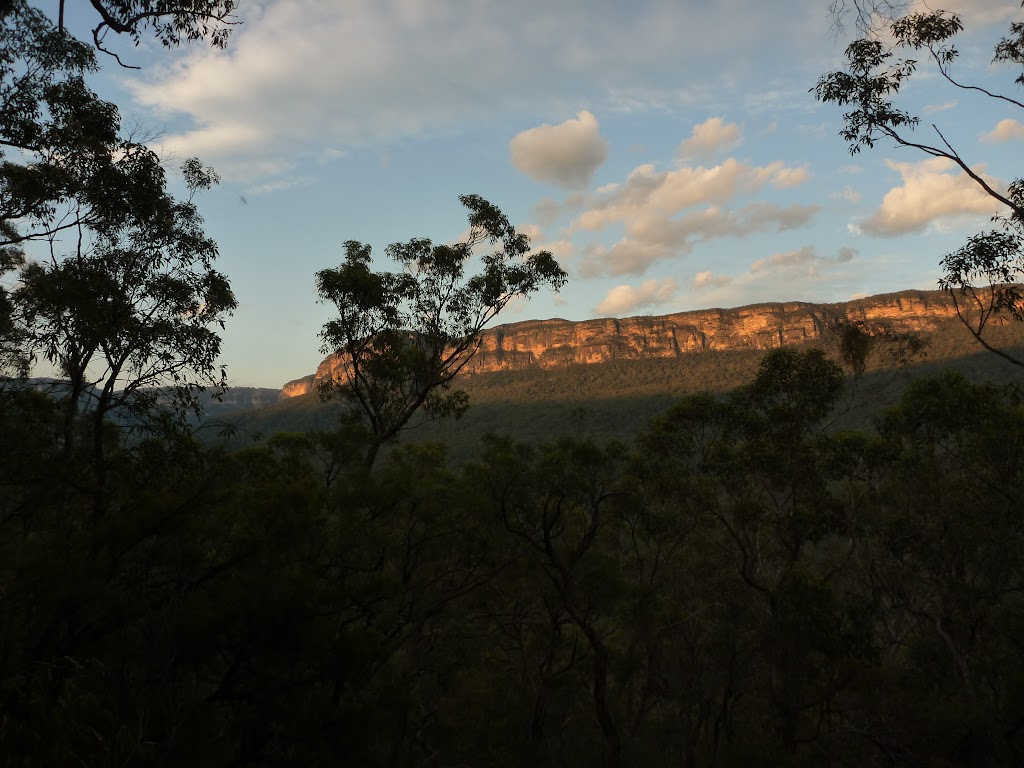 View of the escarpment from west of the Kedumba River