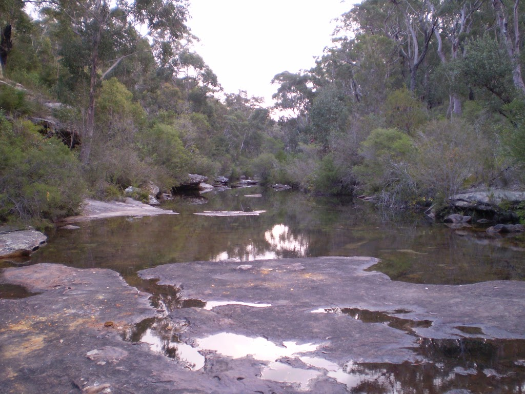 Karloo Pools (32318)