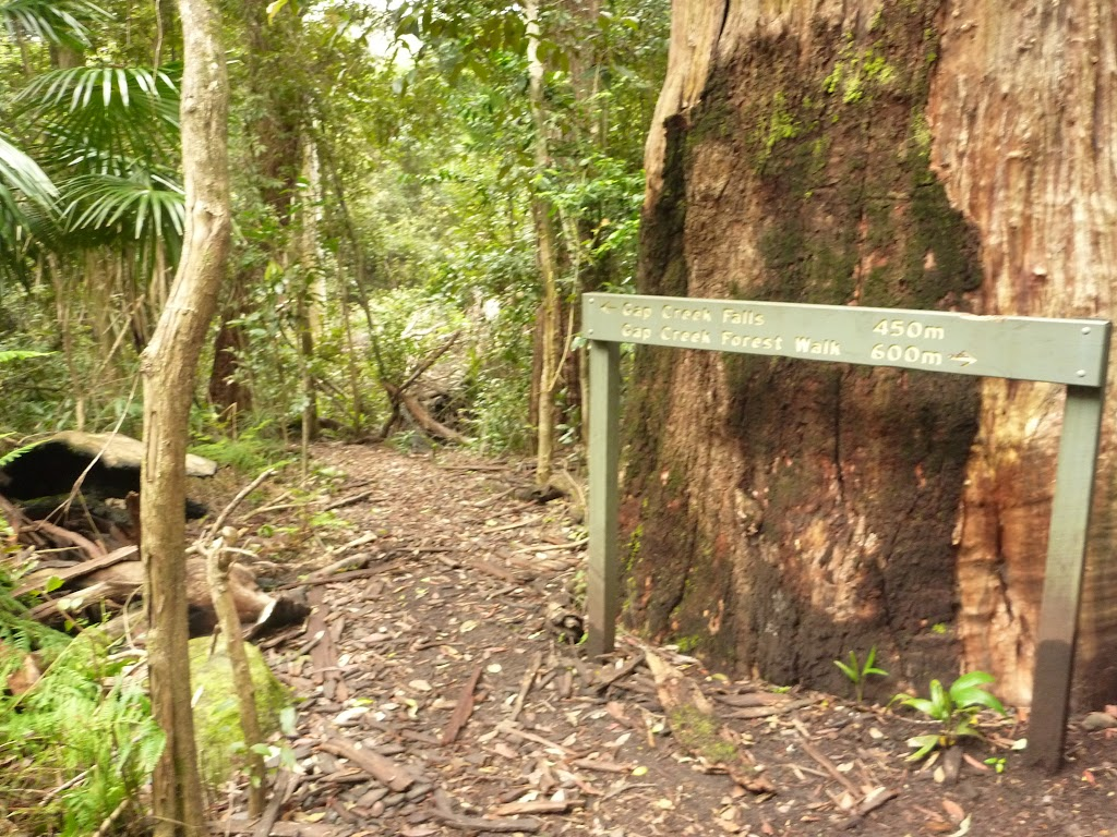 Sign to Gap Creek Falls near Gap Creek picnic area in the Watagans (323657)