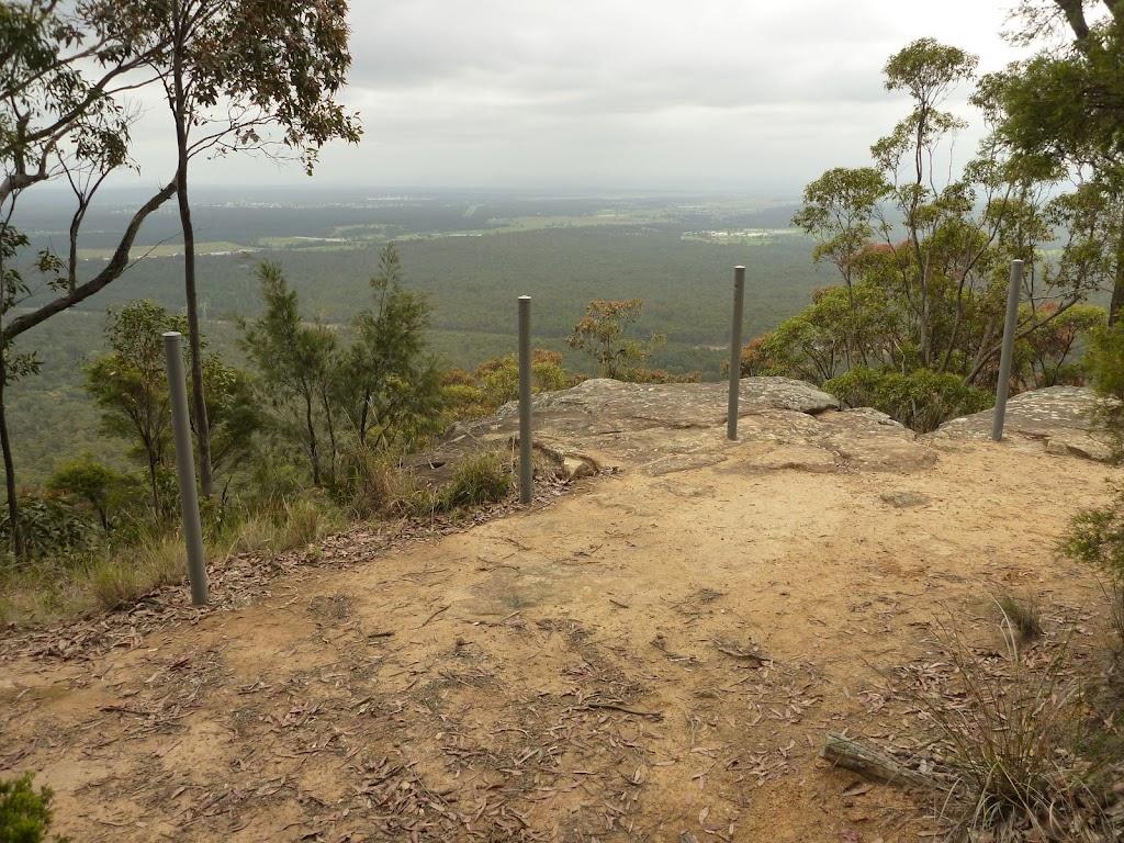 Western viewpoint on Mt Sugarloaf.