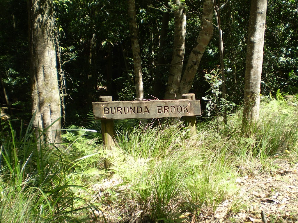 Burunda Brook sign on Lady Carrington Drive (32594)