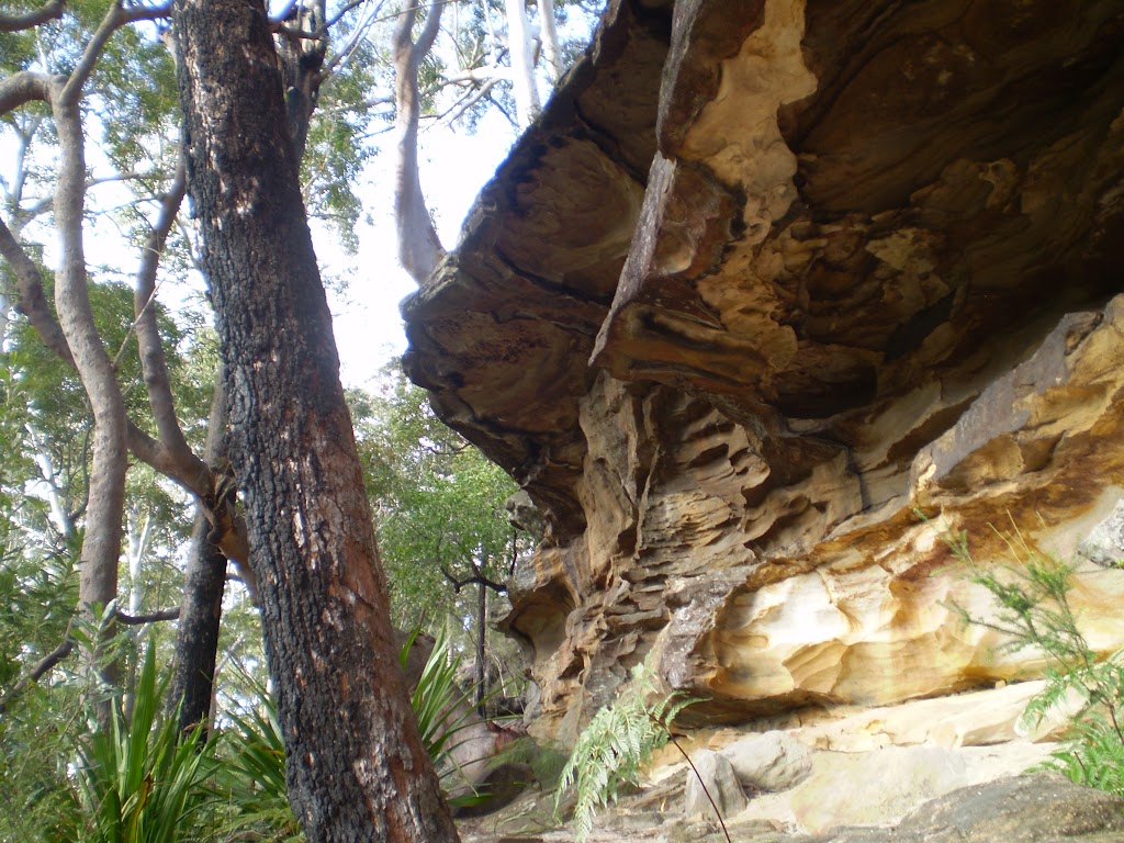 Cliff formations along the bushtrack