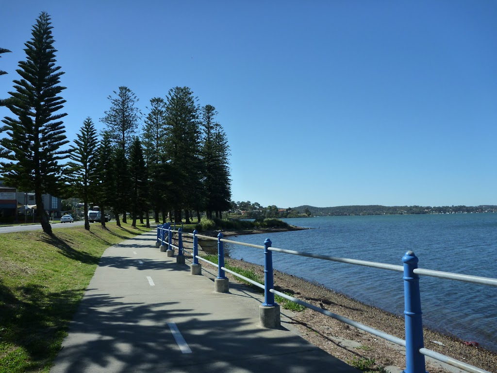 Lake Maquarie at Cockle Bay (335809)