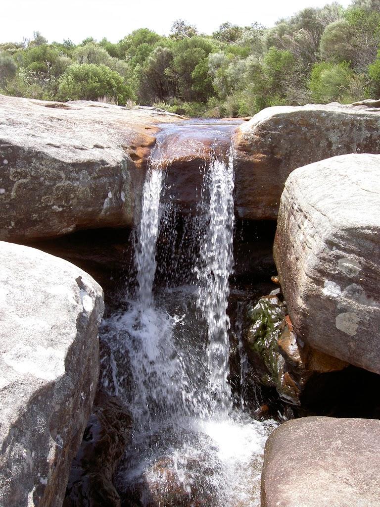 The falls at Wattamolla Dam (34955)