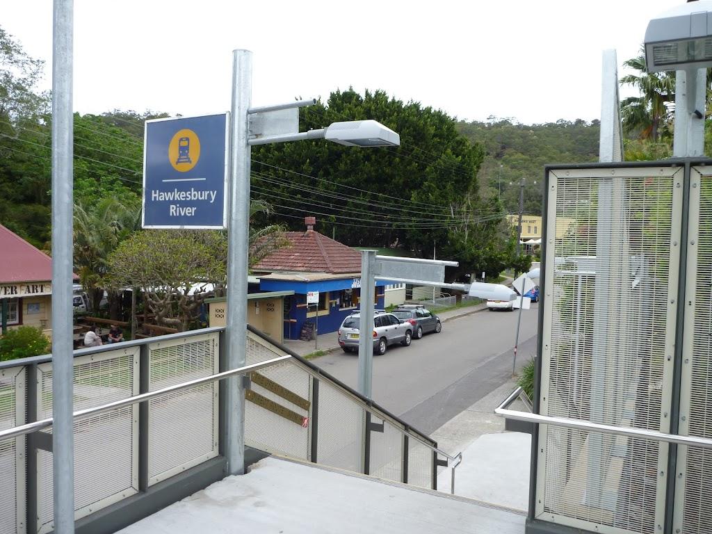 Hawkesbury River station