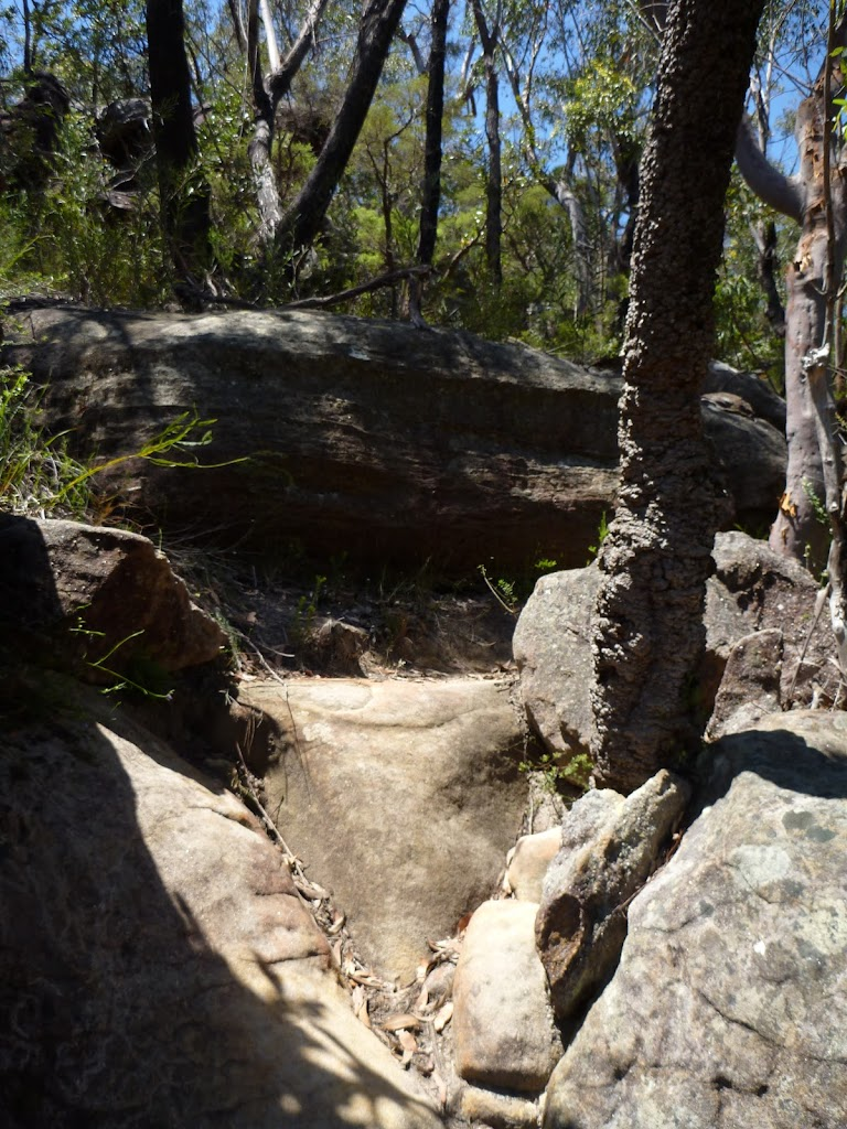 Steep rocky track east of the Deep Bay creek crossing