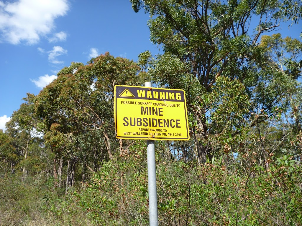 Warning cracked and harsh Roads due to Mine Subsidence (357698)
