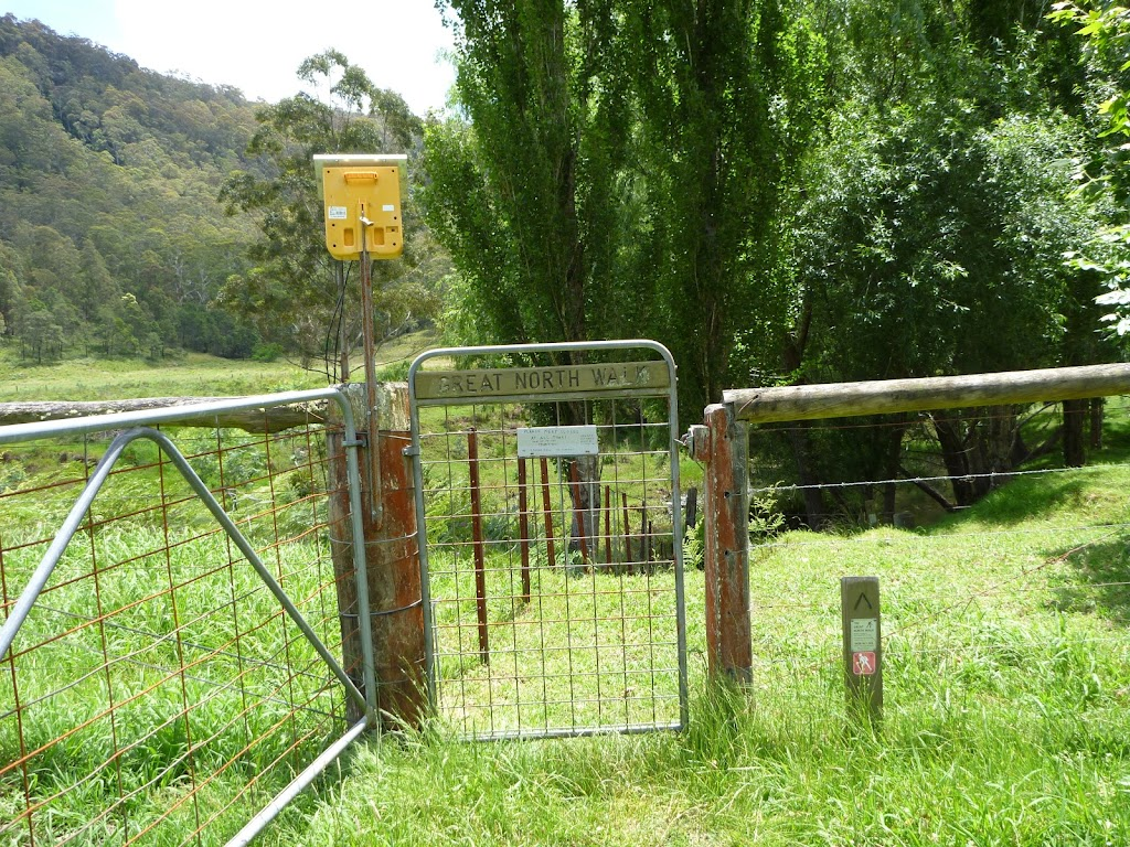 GNW gate and  electric fence box, south of Watagan Creek crossing