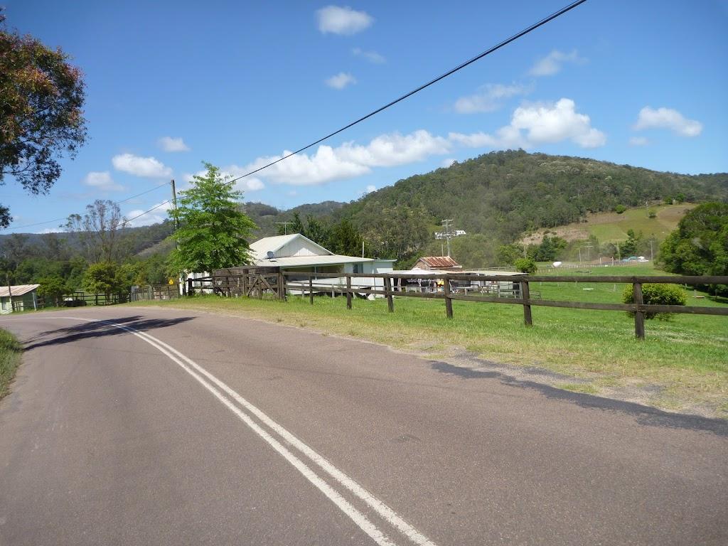 Farmland beside Yarramalong Rd