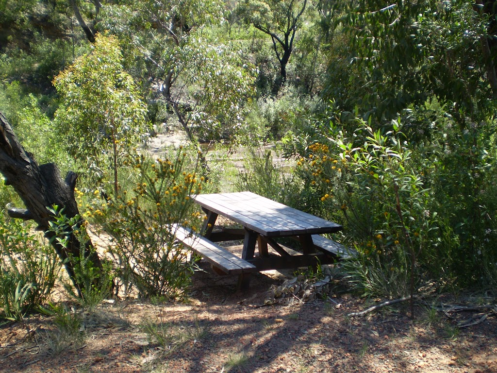 A small picnic table at Battery Causeway