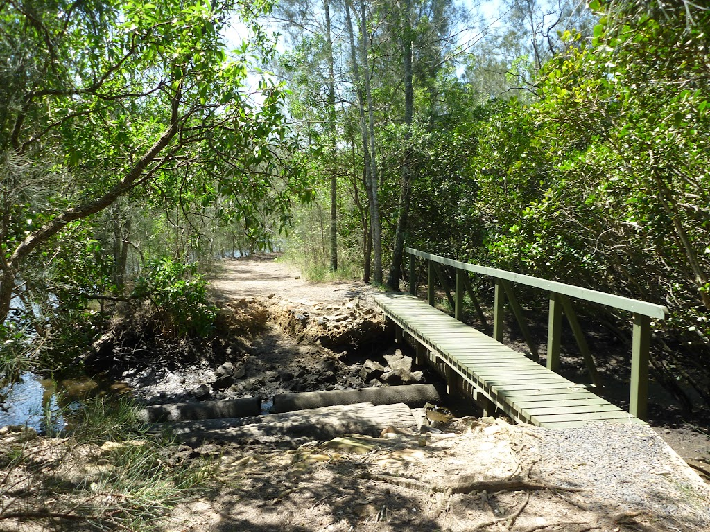 Bridge beside Mooney Mooney Creek (373954)