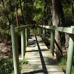 Crossing side creek near Calna Creek (377687)