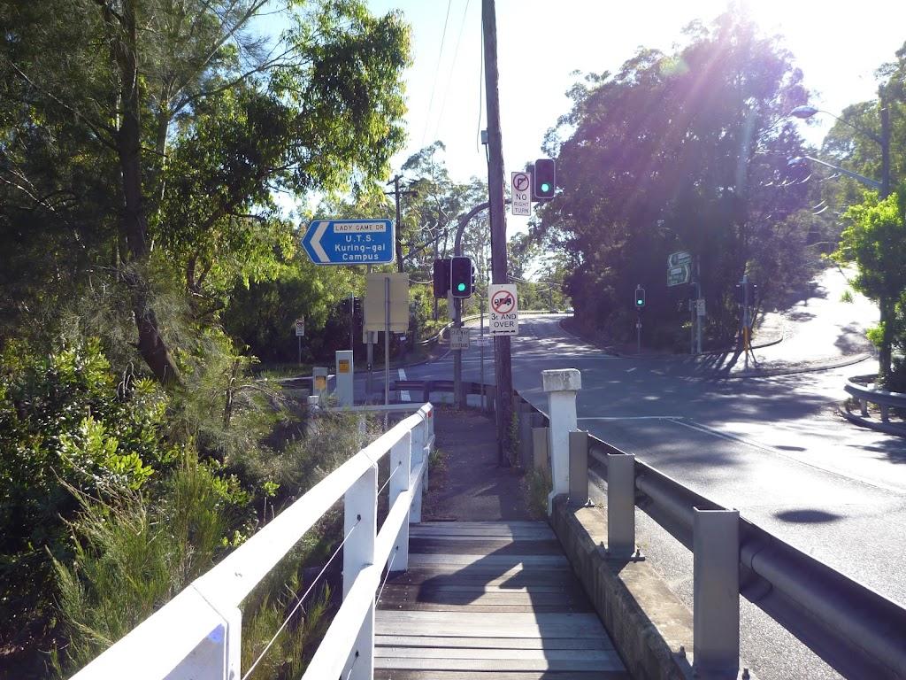 Fuller Bridge (383405)