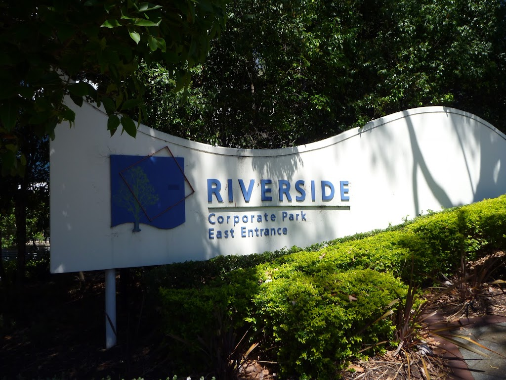 Entering Riverside (386318)
