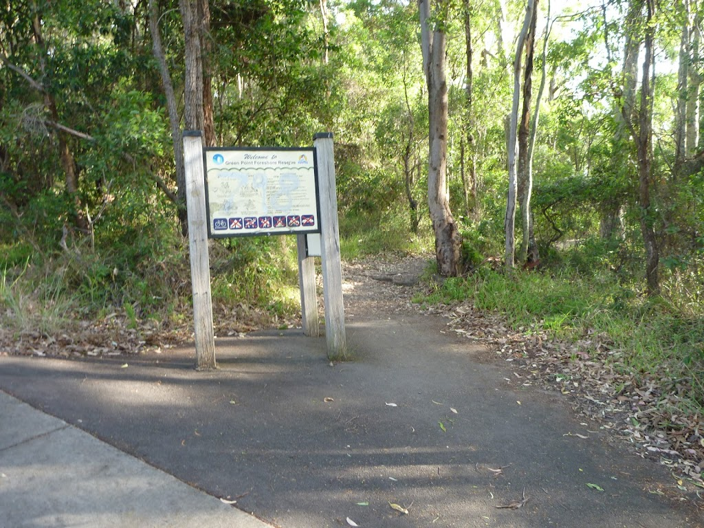 Dilkera Rd entrance to Green Point Reserve