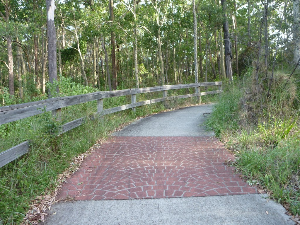 Sealed shared pathway for walkers and bicycles in Green Point Reserve