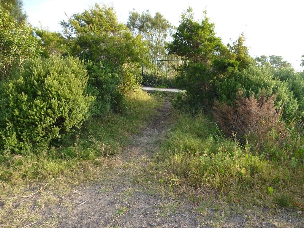 Track to foot bridge at Belmont Lagoon