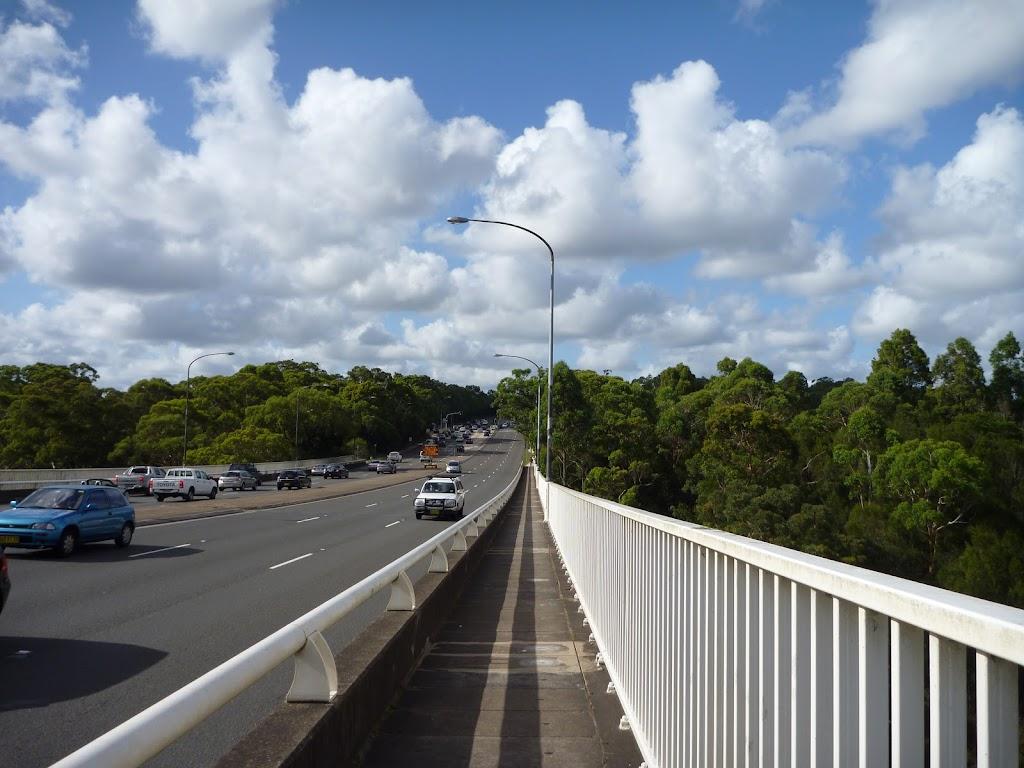 Crossing De Burghs Bridge