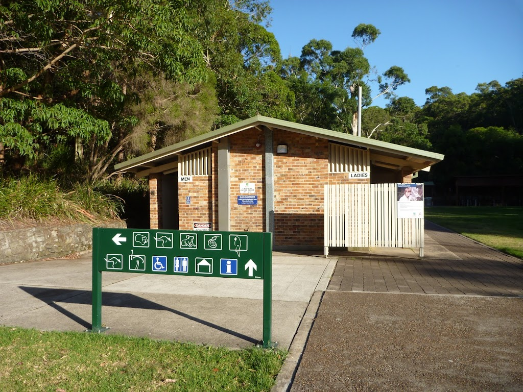 Toilets at Carnley Ave Reserve