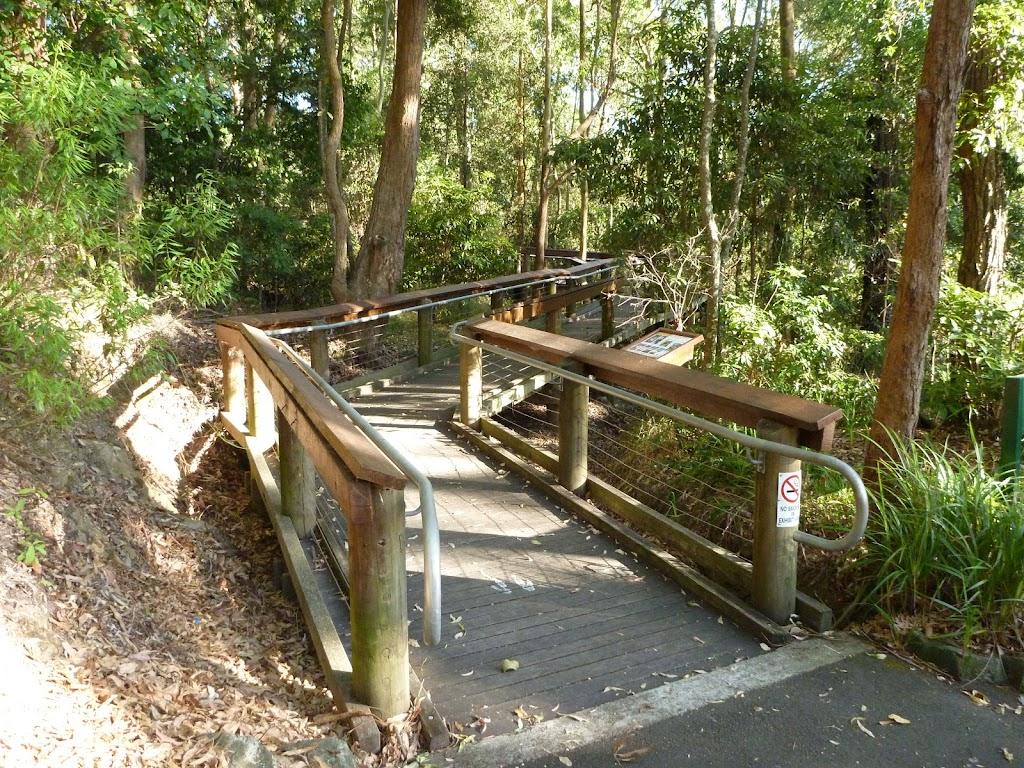 Timber boardwalk into Wildlife Exhibit at Blackbutt Reserve