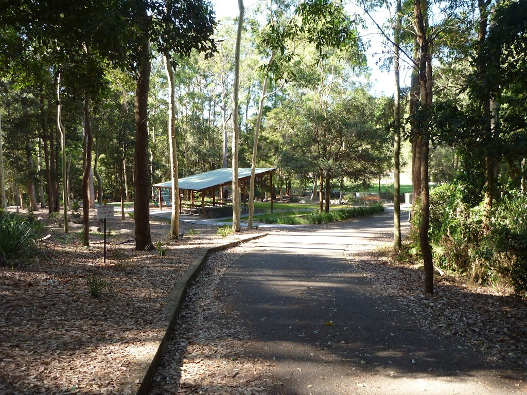 Sealed trail and picnic shelter near Carnley Reserve