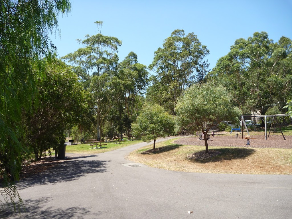 Wide sealed trails at Richley Reserve in Blackbutt Reserve