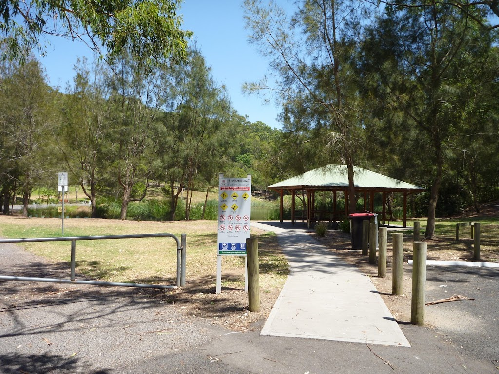 Sheltered picnic tables in Richley Reserve in Blackbutt Reserve (401611)