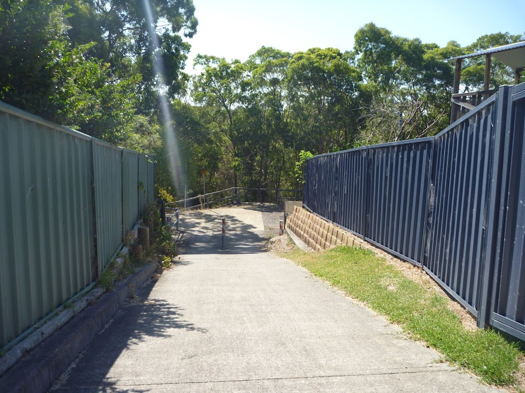 Track between houses into Green Point Reserve