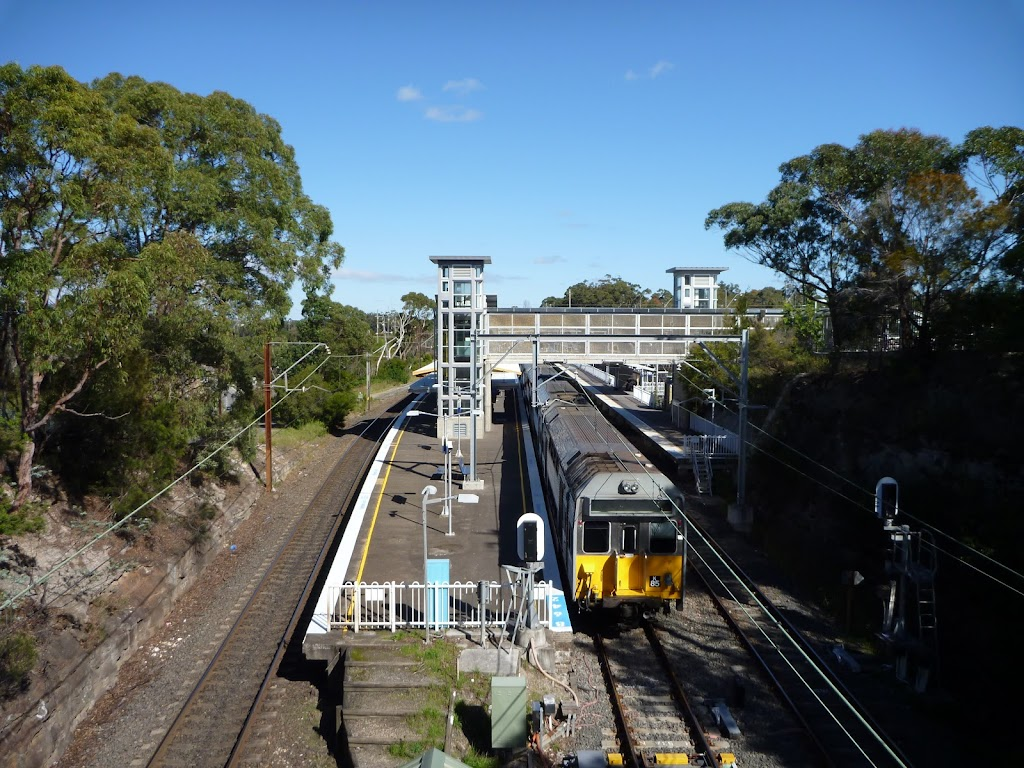 View of Berowra Station from bridge