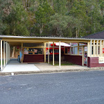 Kiosk at Apple Tree Bay (421963)