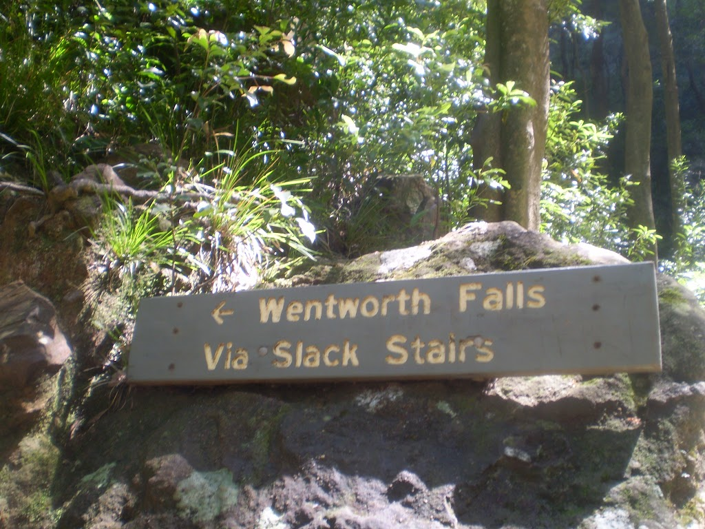 Signpost to Wentworth Falls