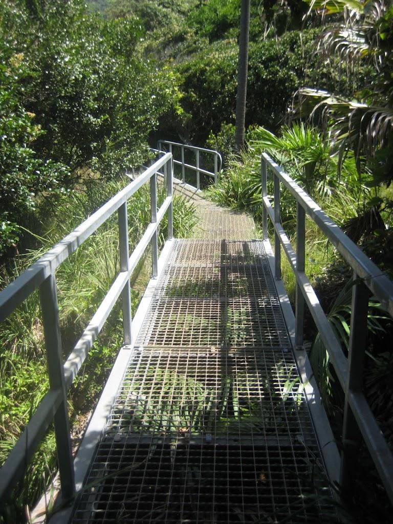 walkway (43561)