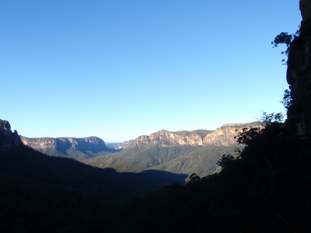 View from track beneath Govetts Leap lookout
