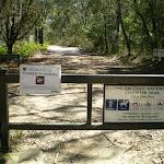 The Perimeter Trail Entrance at Bulara St (5478)