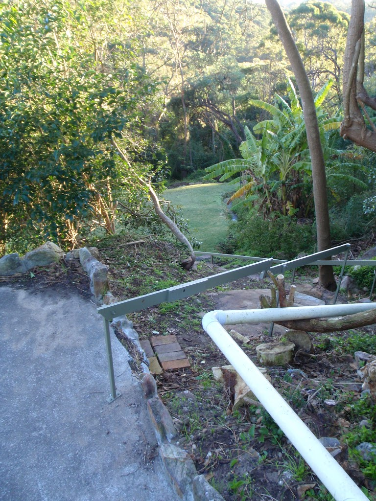 Track beside house off Lady Game Dr (55094)