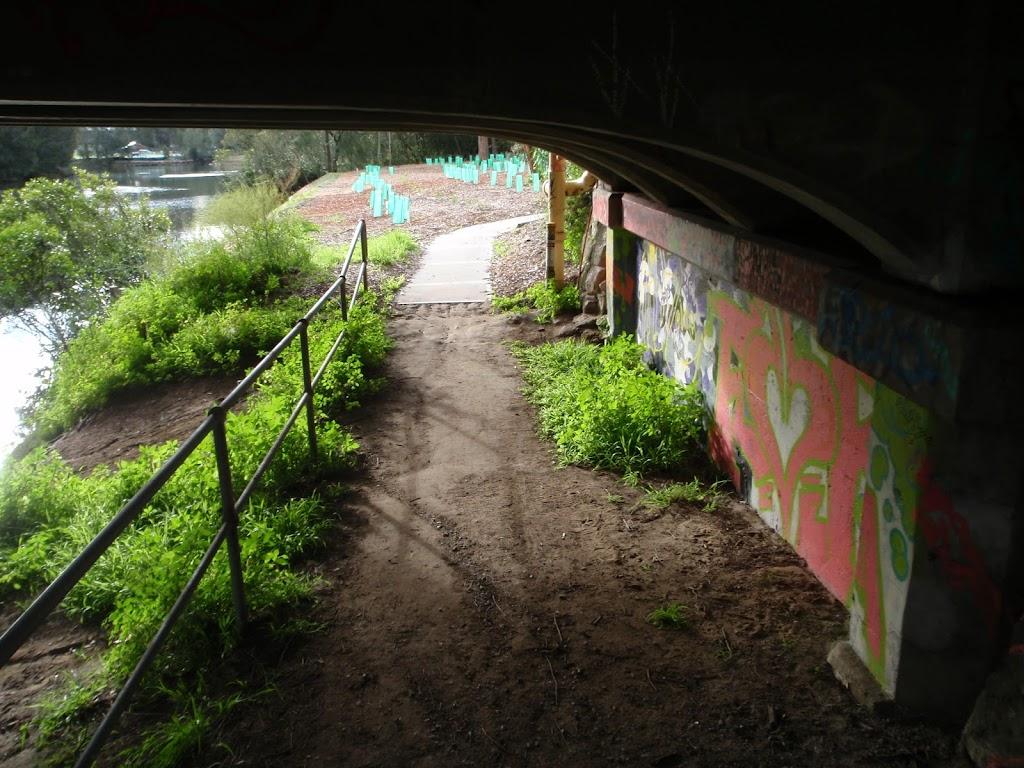 Track under Fullers Bridge