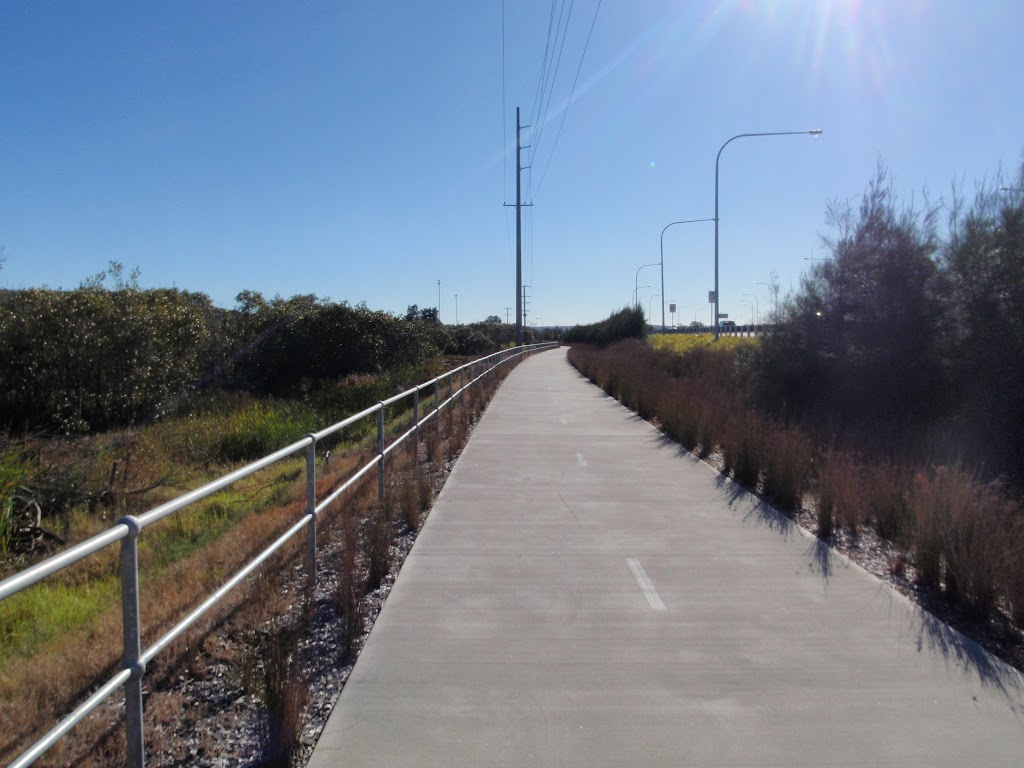 Five island road walkway (65823)