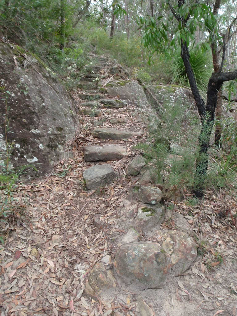Rock steps near Florabella Pass Int.