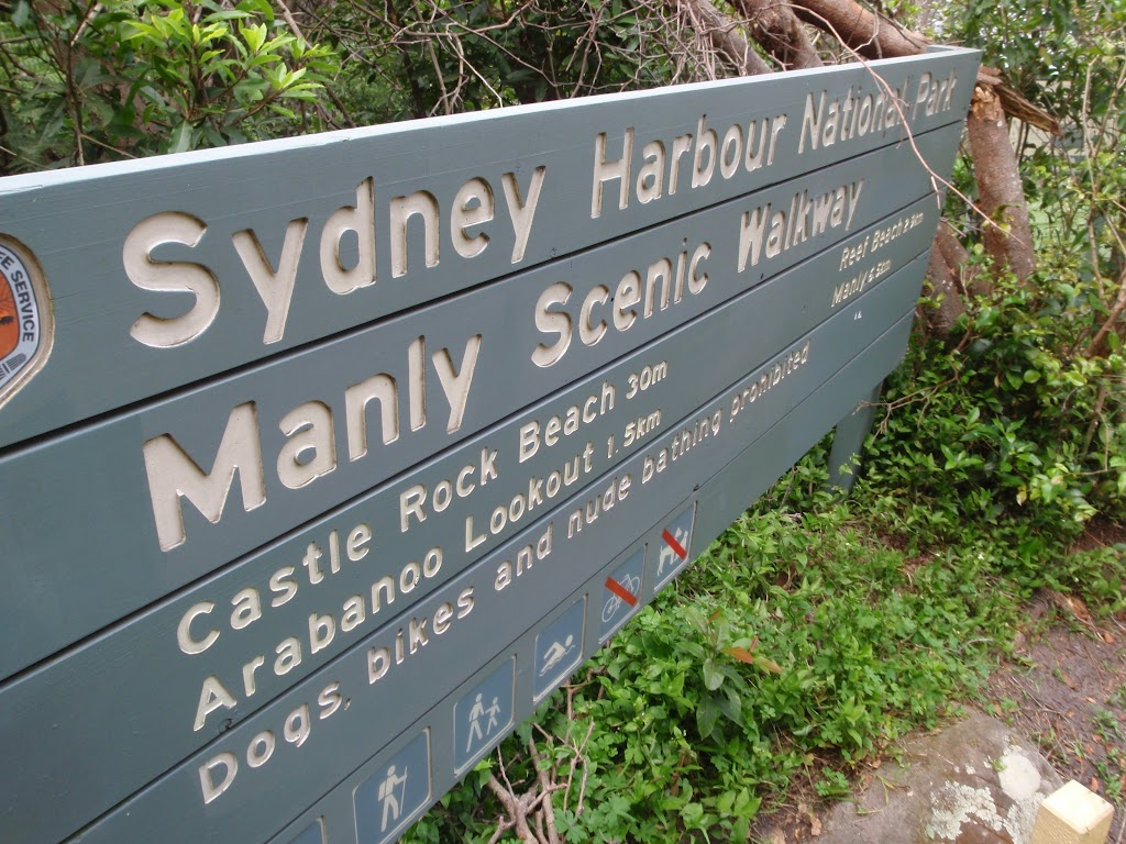 Sign along the Manly Scenic Walkway
