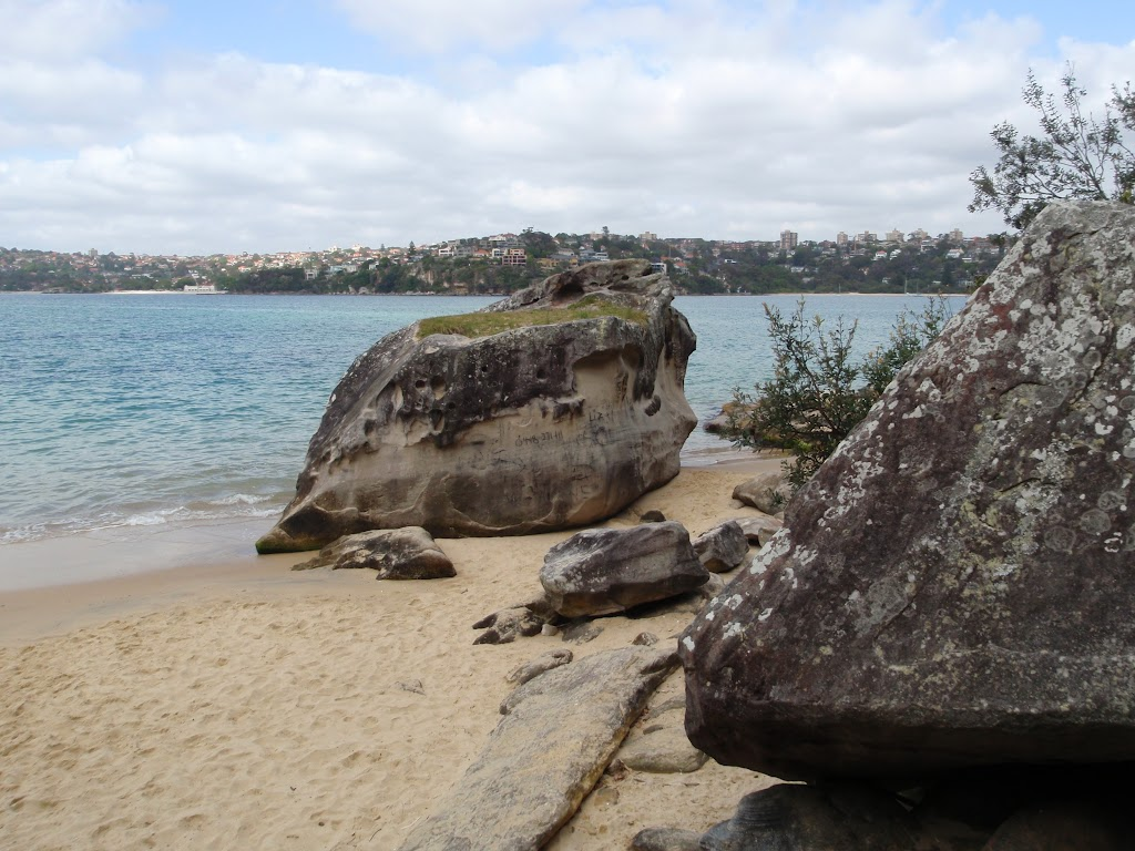 Castle Rock Beach (82360)