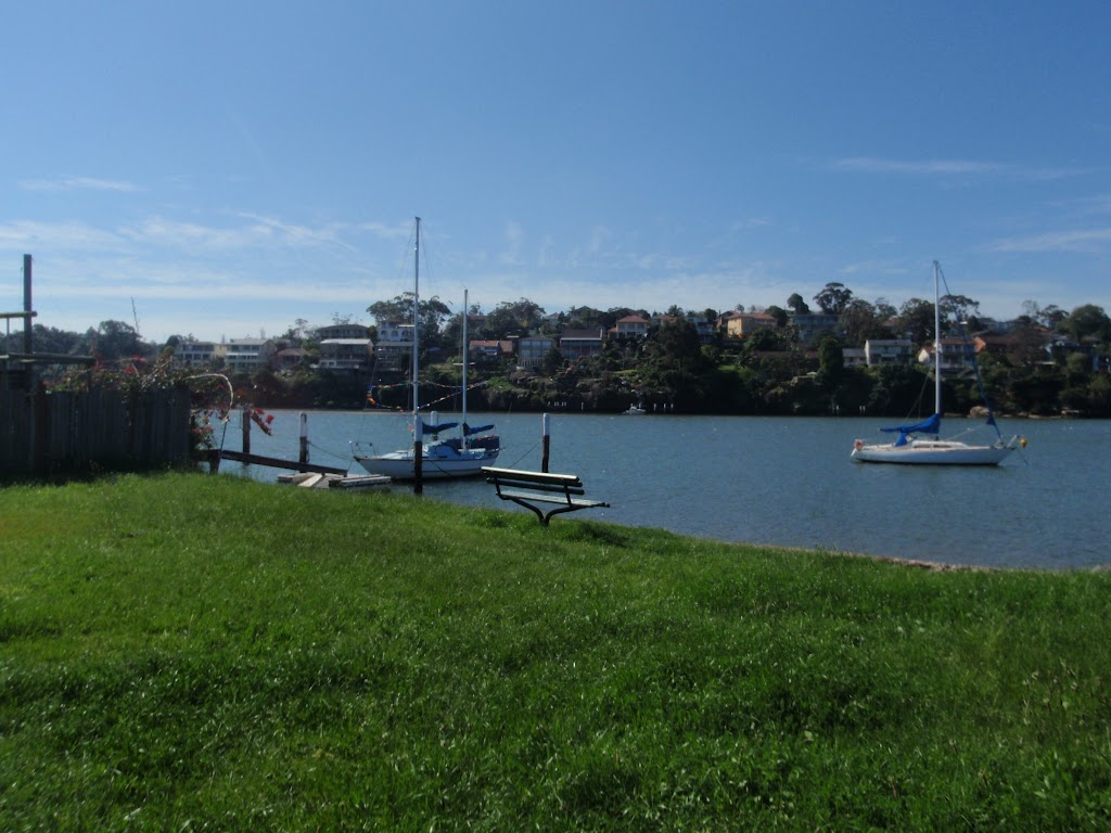 Near the Hunters Hill Highschool (89811)